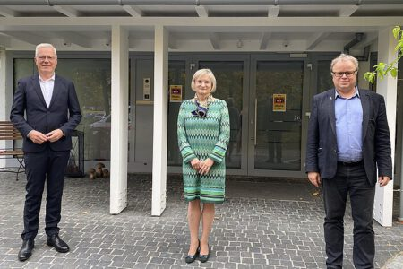 Grüner Politiker Thomas Zawalski mit den Unternehmern Brigitta Schrempp und Stephan Zillgith.