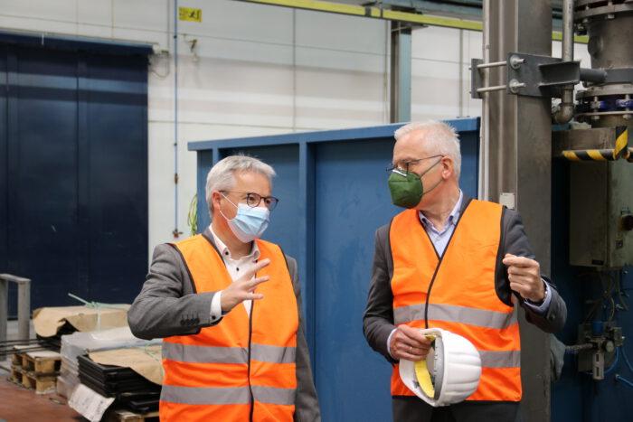 Thomas Zawalski im Gespräch mit Burda Druck-Geschäftsführer Heiko Engelhardt.