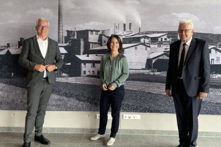 Thomas Zawalski mit Annalena Baerbock und Winfried Kretschmann.